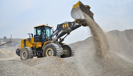 XCMG Further consolidates the earth moving market position with V Series loaders